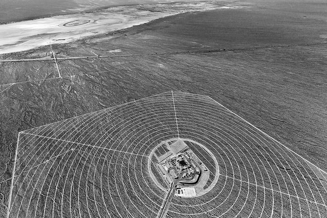 © Jamey Stillings. Из серии The Evolution of Ivanpah Solar. Победитель Critical Mass 2013