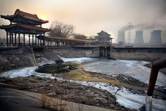 © Souvid Datta. Из серии China: The human price of pollution. Победитель IdeasTap Photographic Award 2013