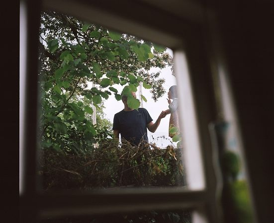 © Sian Davey. Из серии Looking for Alice