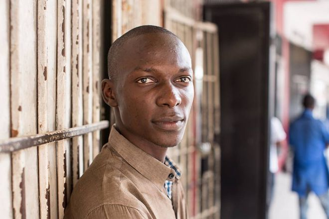 © Brandon Stanton, 2014<br />   «Я учусь на инженера-строителя. Конго нужно все – мосты, дороги, здания, шахты. Страна как мастерская»<br />   (Киншаса, Демократическая Республика Конго)