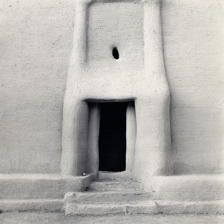 © Carrie Mae Weems. Из серии Africa, The Shape of Things (Image 1), 1993