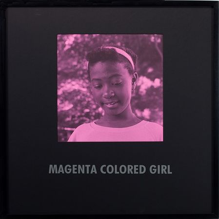 © Carrie Mae Weems. Из серии Coloured People, Magenta colored girl, 1997