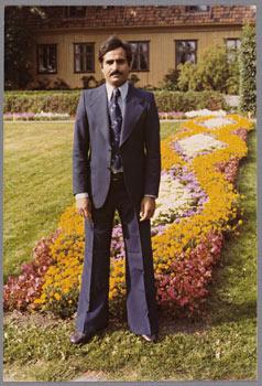 Сюэд Маджахид Али. Ахмад Фаиз. Ботанический сад, Тойен, Осло, 1976.  Частная фотография из коллекции Норвежского музея истории культуры