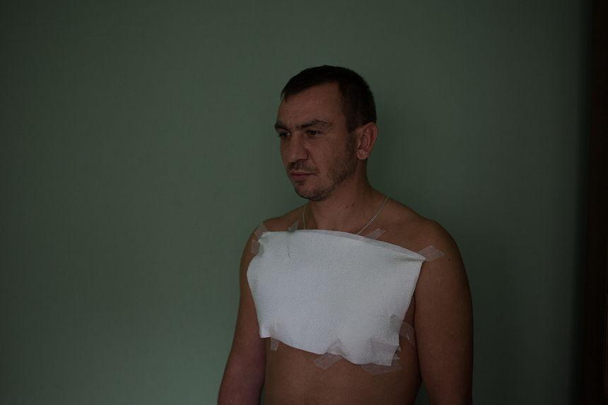 ©Максим Сарычев. «Денис Карнов, 30 лет. Бывший политический активист. 20 суток ареста»