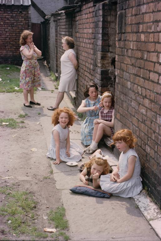 Hulme, July 1965 © Shirley Baker Estate Courtesy of the Shirley Baker Estate
