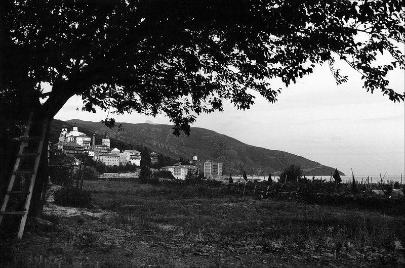 ©Александр Китаев. «Пантелеймоновский монастырь. 2000»