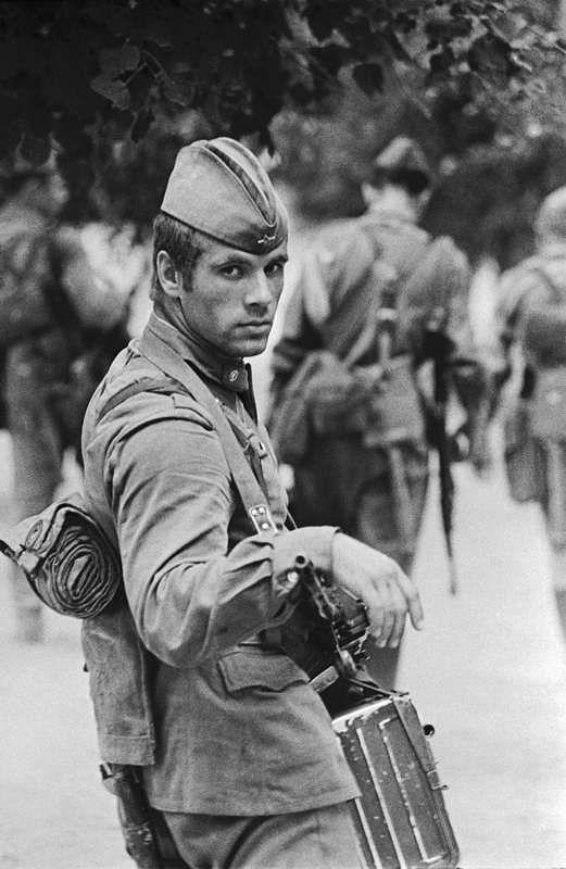 ©Владимир Вяткин. «Солдат Владимир Кусеров, 1973»