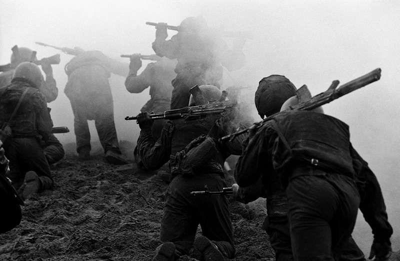 ©Владимир Вяткин. «Из цикла «Солдатский труд», 1999–2010»