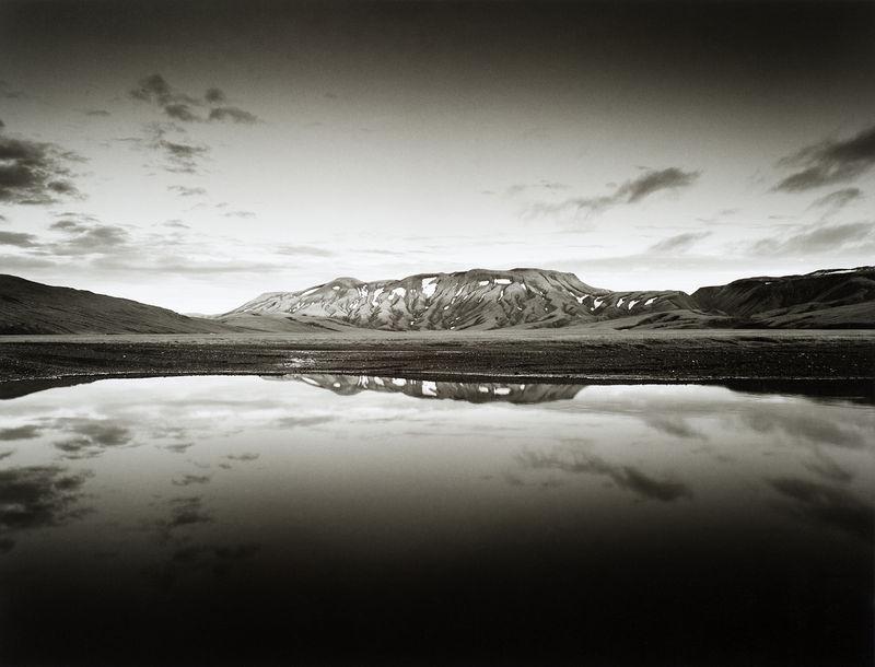 ©Юрий Опря. «Гора у реки»