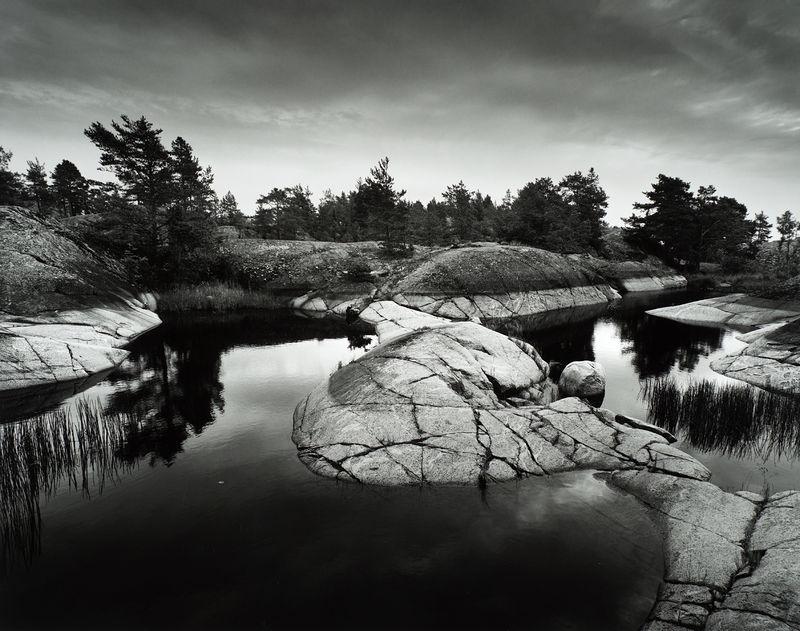 ©Юрий Опря. «Камни в холодной воде»