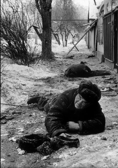 Раненые среди русского гражданского населения, Грозный, 1995. Stanley Greene/Noor