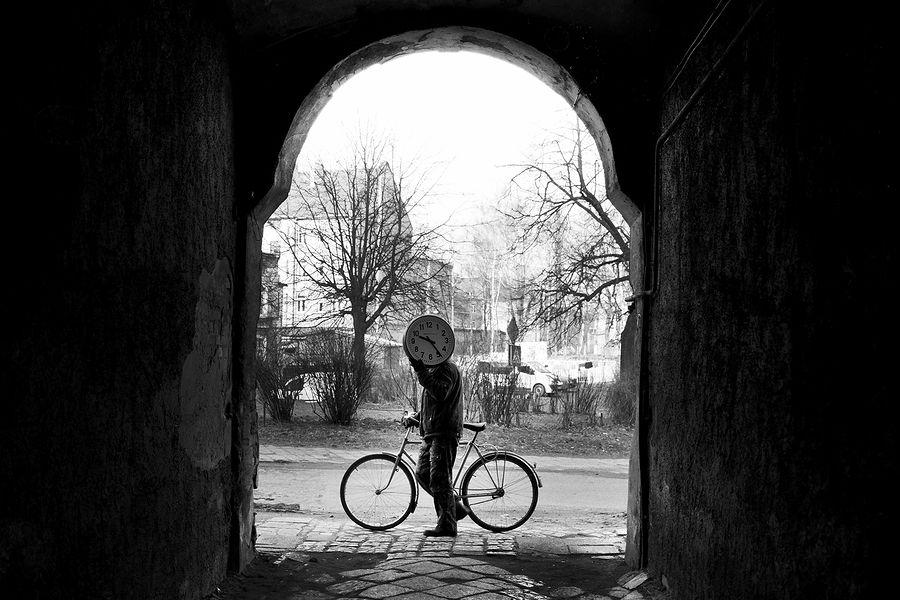 ©Борис Регистер. «Затмение времени. Черняховск, Калининградская область. 2013»