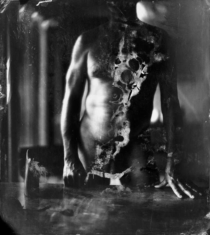 «Гефест». Портрет мужа Салли, Ларри, символизирующий как его болезнь, так и мастерство кузнеца. 2008 ©Sally Mann