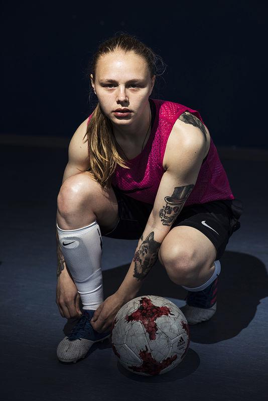 ©Эрик Ваззолер. «Алёна Андреева. Россия. Футбол»