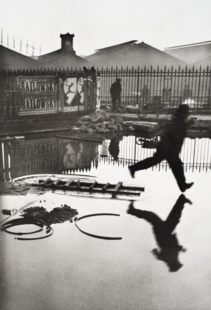 Behind the Gare Saint-Lazare. Henri Cartier-Bresson, 1932
