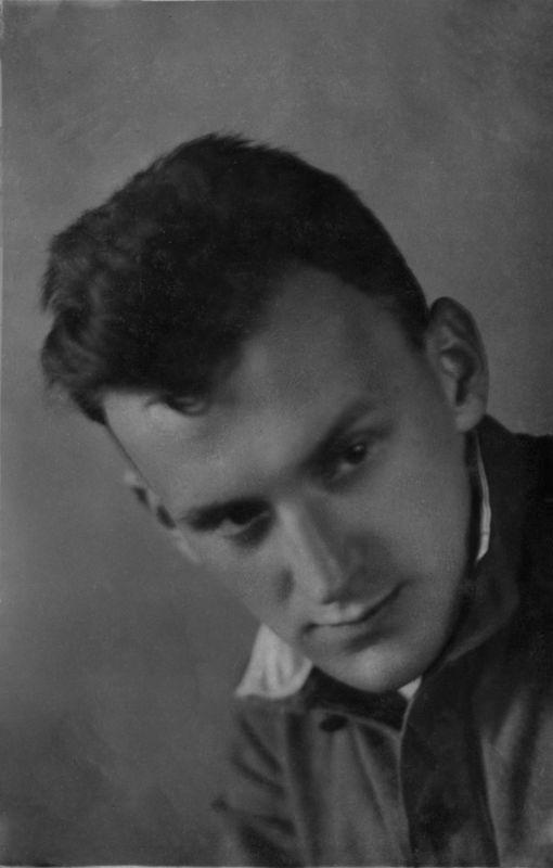 ©Коновалов Александр Васильевич. «Рюмин. 1941–45. Бумага, черно-белая фотопечать. 30 х 20 см»