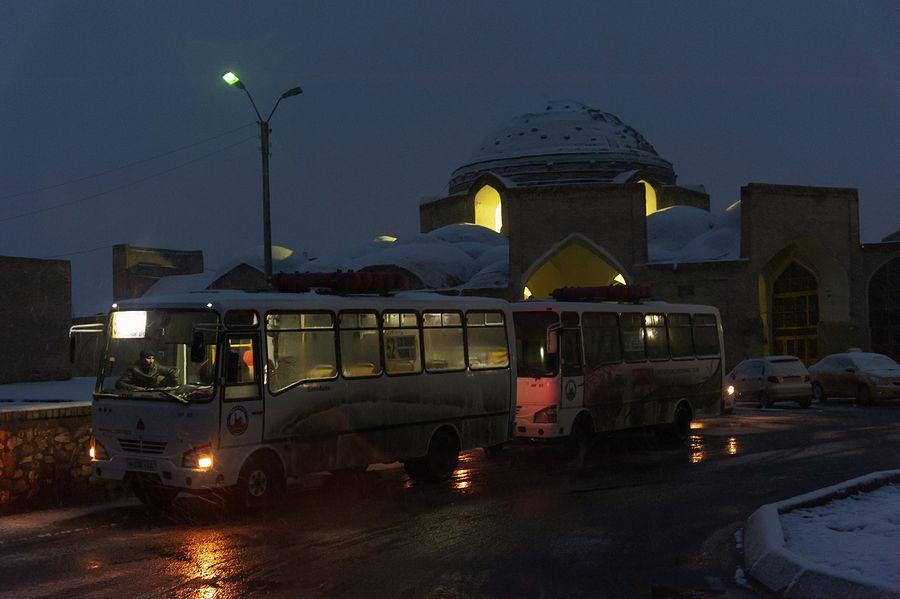 ©Анзор Бухарский. «II-торговый купол Токи Телпакфурушон в Бухаре»