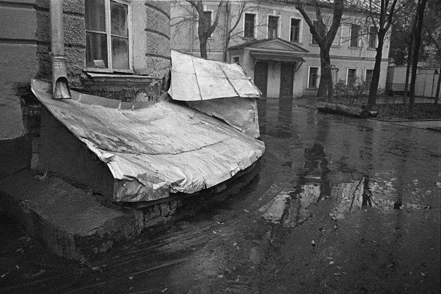 ©Дашевский Михаил Аронович. «Крыша  подвала. 1980-е»