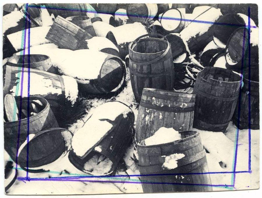 ©Дашевский Михаил Аронович. «На базе. Натюрморт. 1970-е (контрольный отпечаток)»