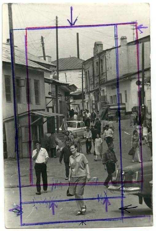 ©Дашевский Михаил Аронович. «Вход на Ташкентский базар. 1972 (контрольный отпечаток)»
