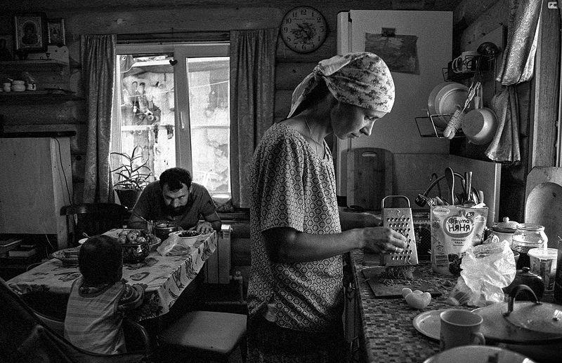 ©Дмитрий Черба. «Обед. Старая Русса. Новгородская область. 2020»