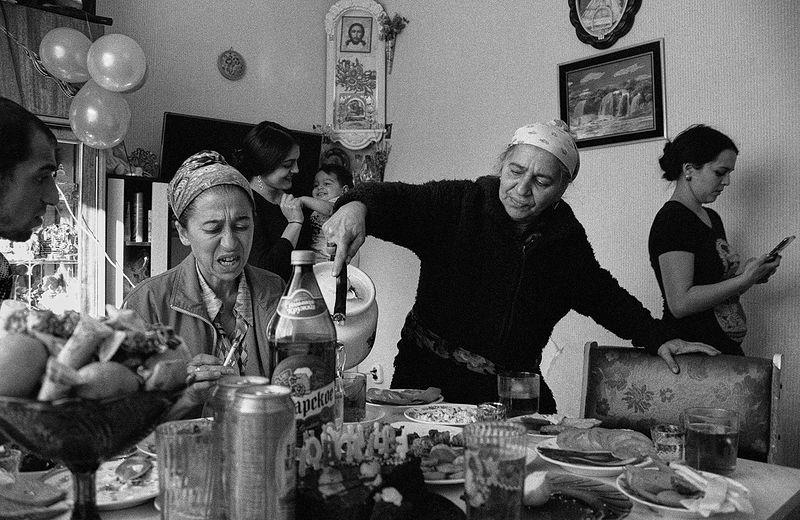 ©Дмитрий Черба. «День рождения Амира. Из серии «Этническое племя». Партизан. Тульская область. 2020»