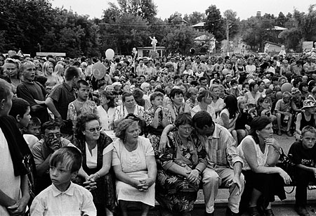 ©Валерий Нистратов. «Космодемьянск, Республика Марий-Эл, 2002»