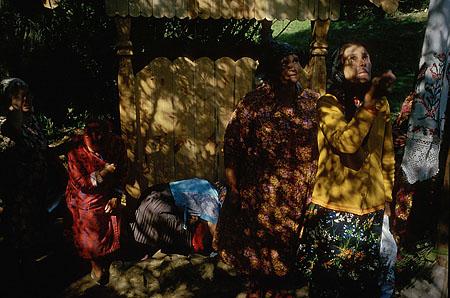 ©Николай Игнатьев. «Крестный ход в Дивеево, Источник Святого Серафима, Дивеево»
