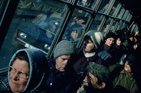 ©Николай Игнатьев. «В автобусе Екатеринбурга, Урал»