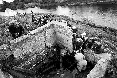 ©Николай Игнатьев. «Крестный ход на реку Великую, Кировская область»