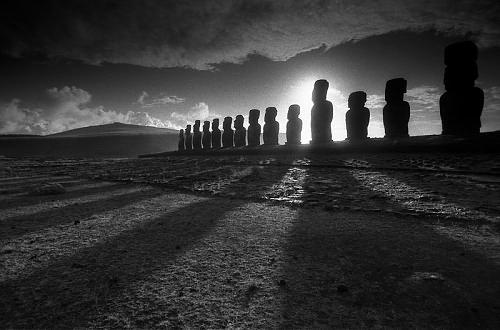 ©Александр Тягны-Рядно. «Ханга Роа. 2001. Чили»