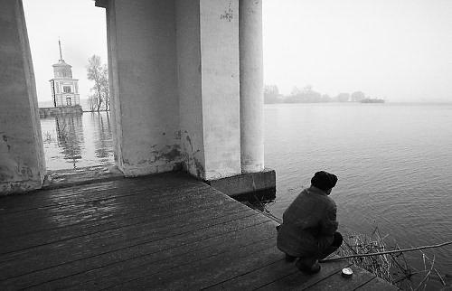 ©Александр Тягны-Рядно. «Осташков. 1999»