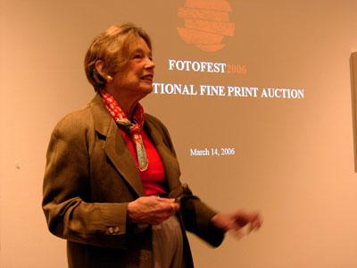 Auction 2006 presentation by art-director of FotoFest Wendy Watriss © Fred Baldwin, FotoFest