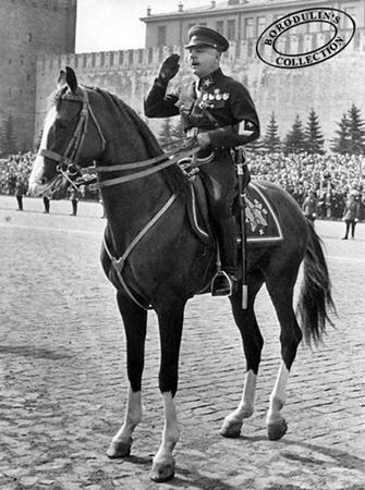 ©Иван Шагин. «Климент Ефремович Ворошилов. Москва, 1938»