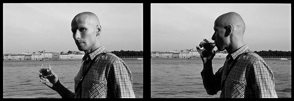 Андрей Безукладников. Близнецы. Черная линия – Время. Набережная Невы. Ленинград. 1986