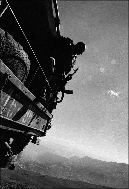 Артем Чернов. Артем Чернов. На границе Дагестана и Чечни, август 1999