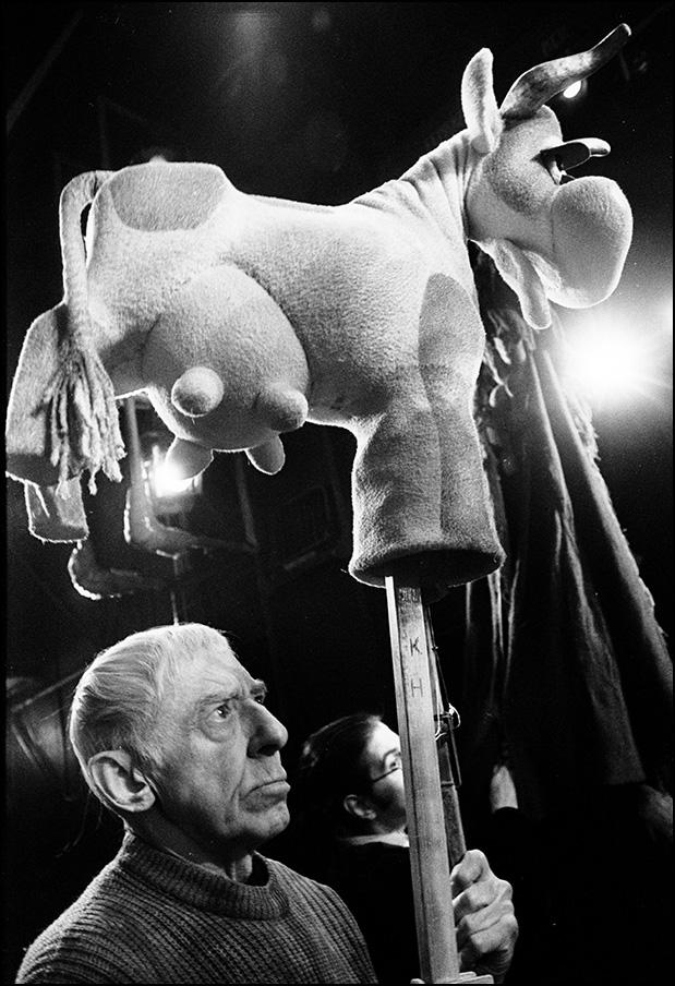 Артем Чернов. Артем Чернов. В театре кукол, Москва, 1999