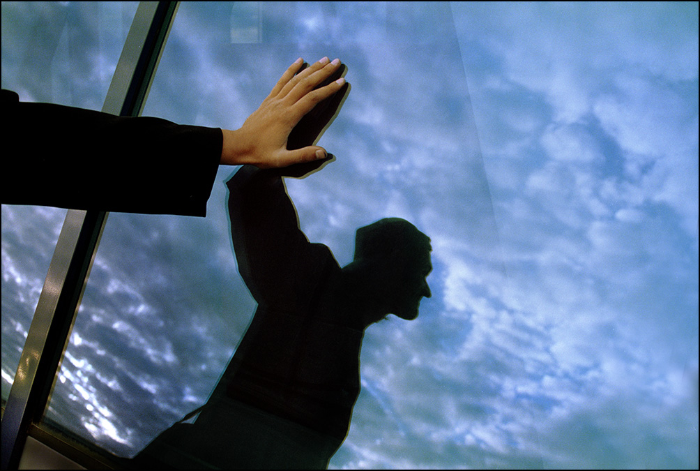 """Артем Чернов. Артем Чернов. Портрет дизайнера (""""Буду лётчиком""""), Москва 1995"""