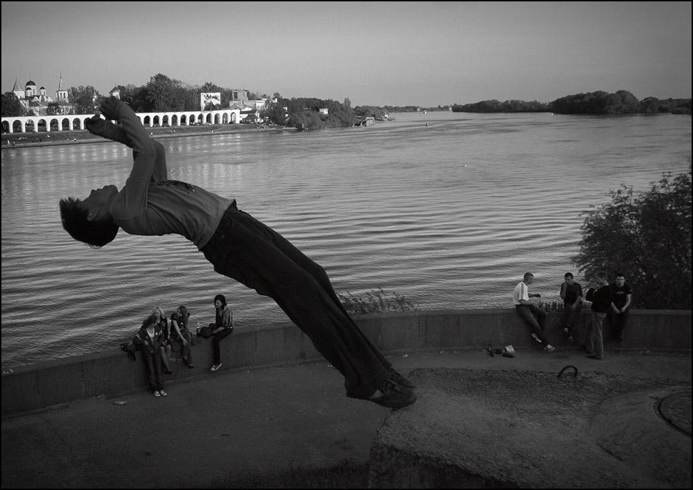 Артем Чернов. Артем Чернов. Паркур, Великий Новгород, 2007
