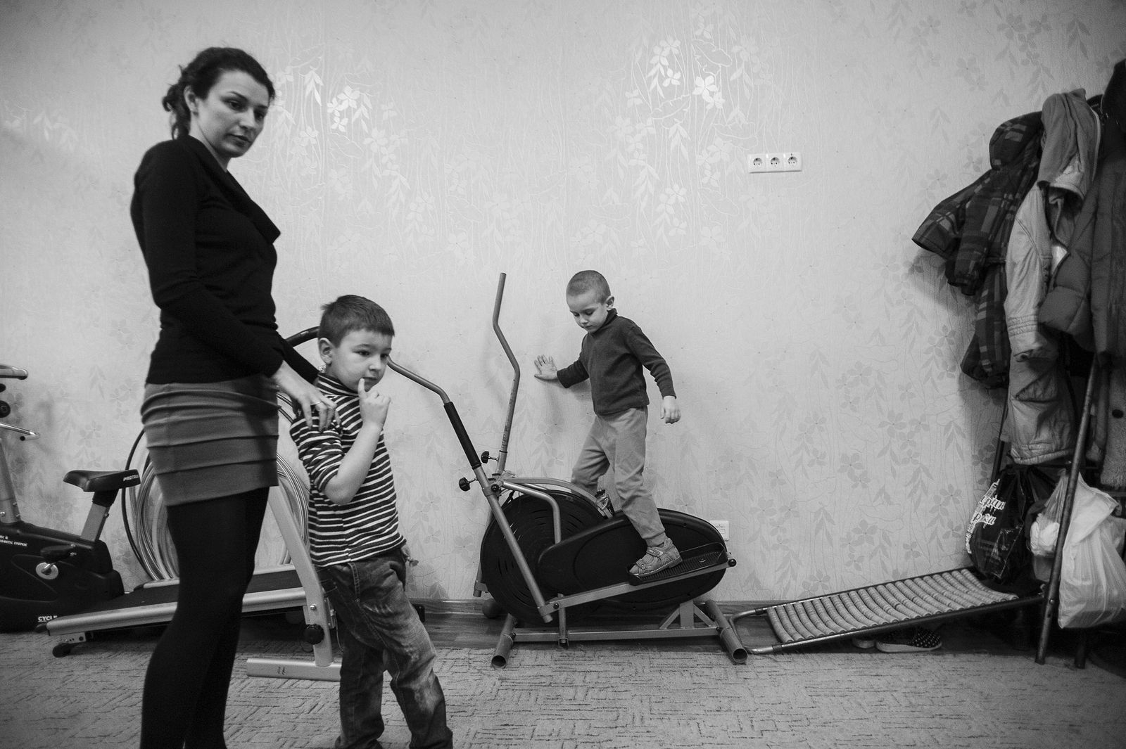 """Arik Shraga. """"Joint"""" Families: The Stories of Love. Kharkov. Day care center for children with disabilities"""