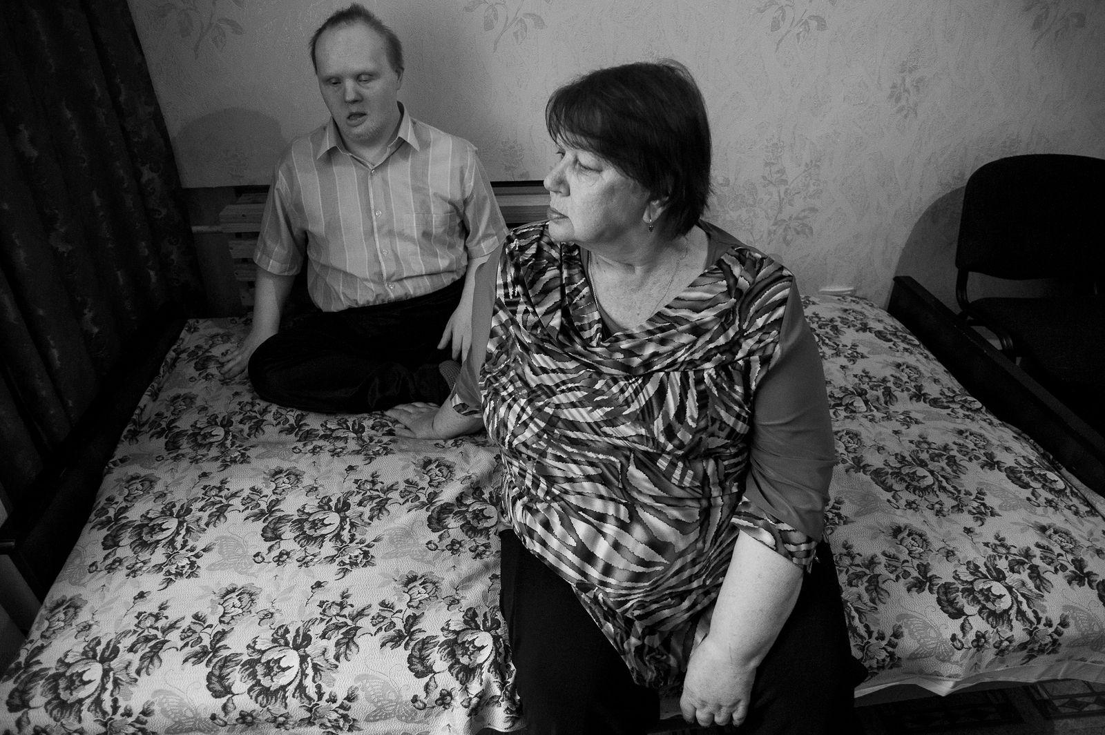 "Arik Shraga. ""Joint"" Families: The Stories of Love. Vilnius. Sonja with son"