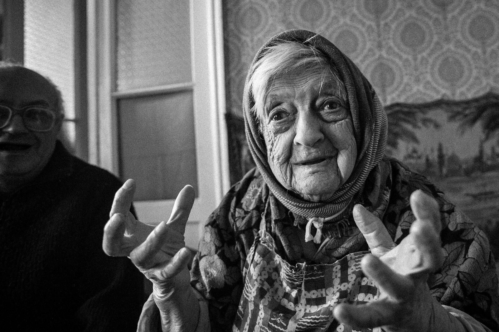 Arik Shraga. Ukraine. Sheiva and her son