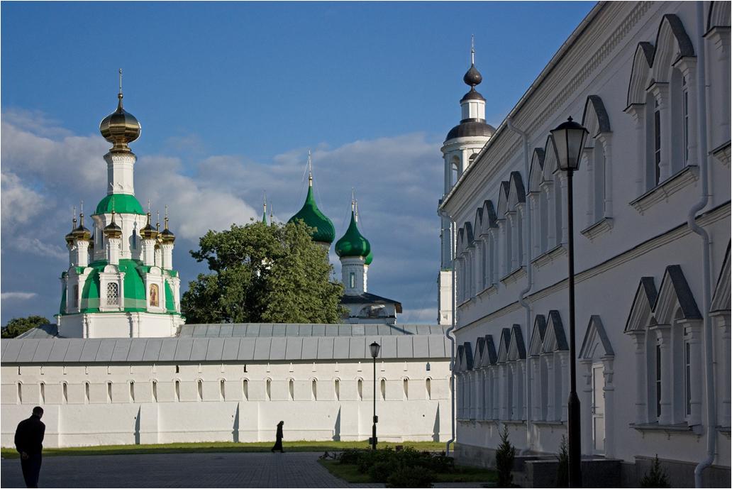 Anna Tsvetkovskaya. Yaroslavl, сhurches and monasteries. ***
