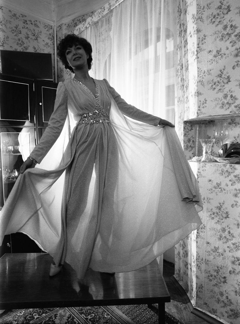 Сергей Борисов. portrait. дама в вечернем платье (эдита пьеха) 1982