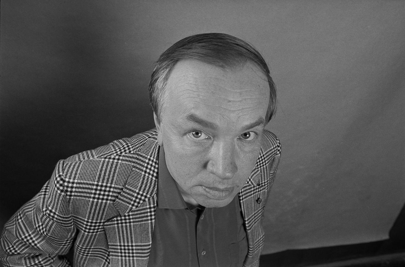 Сергей Борисов. portrait. андрей вознесенский1985