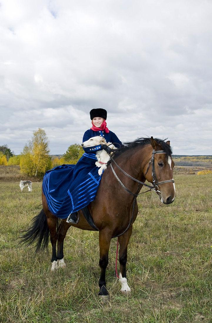 Игорь Нестеров. Конные охоты. Вооружилась
