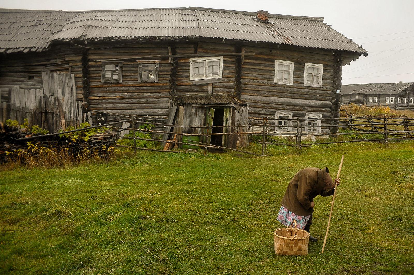 Arik Shraga. Neglected in the village. The last resident of Kochmogora