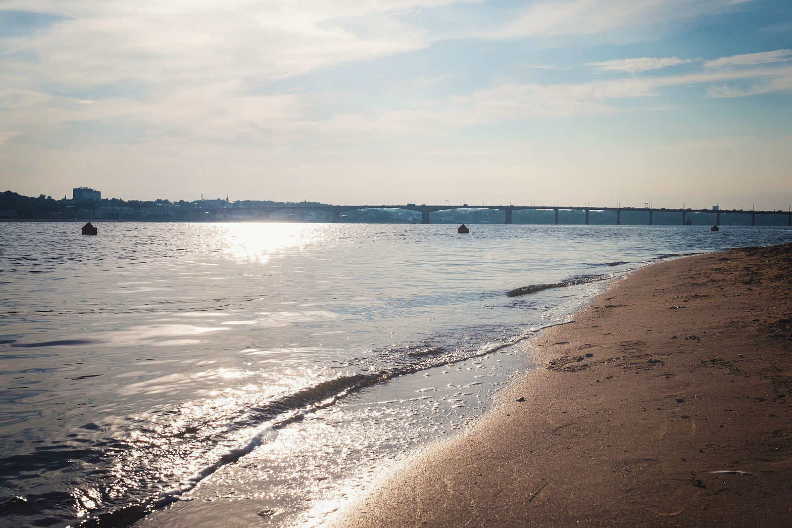 Марина Храмова. Пляж. Без названия