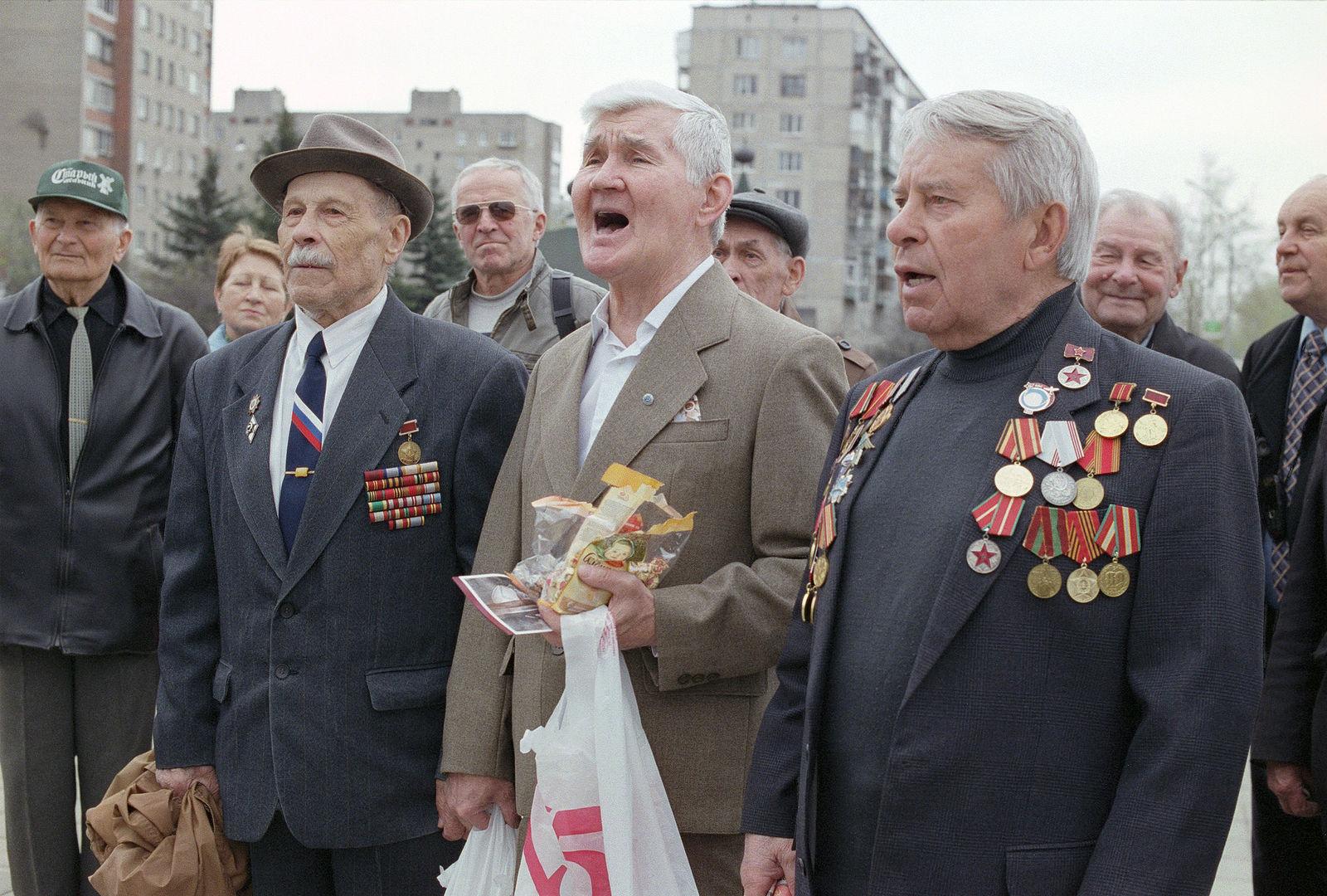 Юрий Антипычев. Происходящее. 9-е мая, 2010