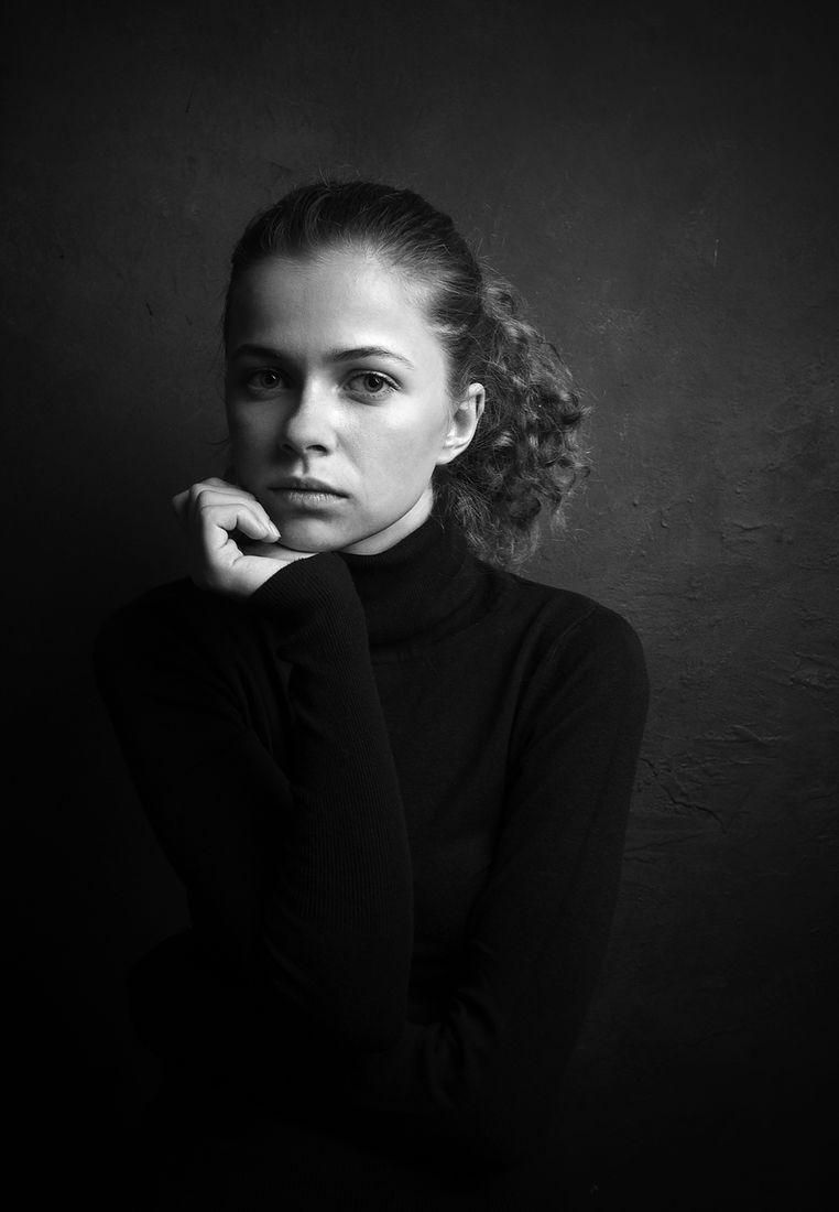 Аркадий Коробка. Портреты. Без названия